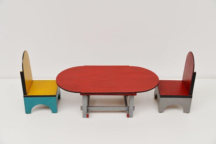 Ado Ko Verzuu chairs and table, Holland 1925