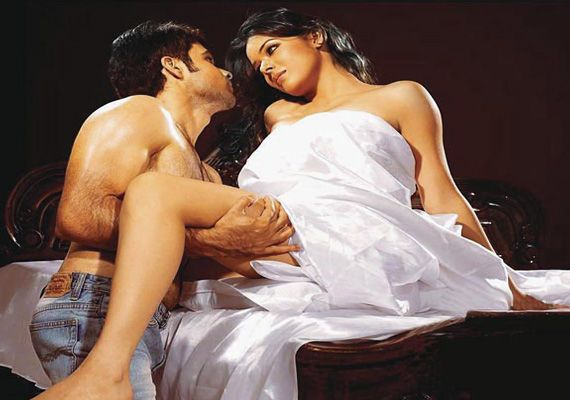 Latest Upcoming new release Top 10 Emraan Hashmi Movies 2013 List - The Serial Kisser. Emraan Hashmi Hot & Kissing