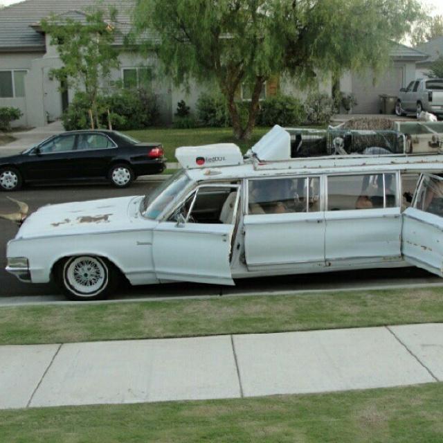 Cheap Wedding Transportation Ideas: Limo, Hillbilly And BMW