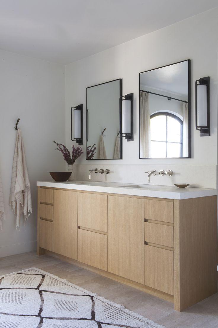 Best 25 oak bathroom ideas on pinterest annie sloan for Oak bathroom light fixtures