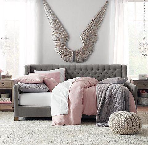 WEBSTA @ reloft_official - Не забывайте нашу вторую страничку @reloft_baby по детским товарам. Расстановка мебели дизайнером в подарок! 🎁 #дизайнинтерьера #салонмебели #детскаямебель #кроватка #мебель #новинка