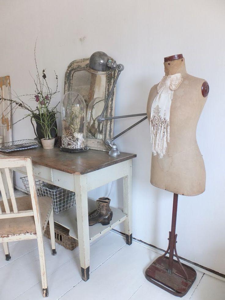 Wohnzimmer Im Shabbychic Einrichten Alte Weisse Mbel Antike Aus Frankreich Nordic Shabby