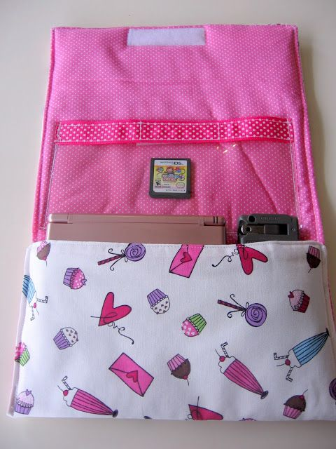 Nintendo DS Case tutorial (or resize it to fit almost any electronic gizmo)