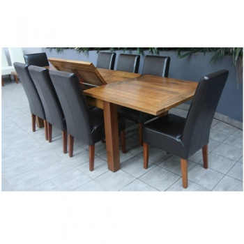 Tas oak table + Choc Leather Chairs