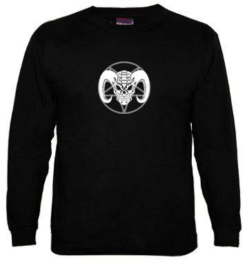Demonio tribal, camiseta manga larga hombre  http://www.latostadora.com/rockenportada/demonio_tribal_camiseta_manga/671667