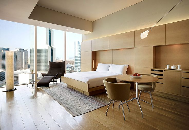 El estilo del hotel mezcla elementos naturales con un diseño minimalista para crear un concepto único y representativo de Corea del Sur. | Galería de fotos 2 de 11 | AD MX