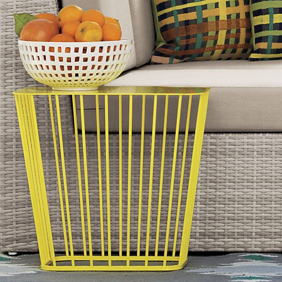 Outdoor yellow wire side table wire center 11 best images about outdoor furniture on pinterest outdoor rh pinterest com addison outdoor wire tables eames wire base outdoor table keyboard keysfo Image collections