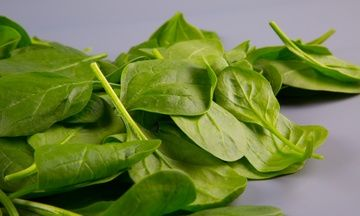 Spinach Nutrition: The Real Reasons Why This Veggie is Popeye's Favorite Food