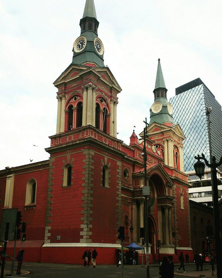 Iglesia en Merced con San Antonio
