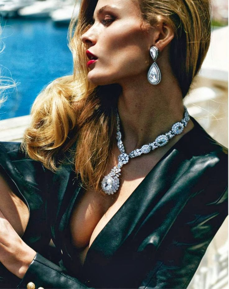 visual optimism; fashion editorials, shows, campaigns & more!: french riviera: edita vilkeviciute and anja rubik by mario testino for vogue ...