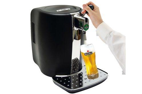Tireuse à bière de marque SEB Beertender B90Permet d'utiliser des fûts de bière de 5L du groupe Heineken :- HEINEKEN- AFFLIGEM- DESPERADOS- PELFORTH BLONDE- FISCHER BLANCHEFournie avec tubes stériles pour branchement des fûts.Fournie sans fût.ocationTireuse à bière SEB Beertender B90 à Saint-Martin-des-Besaces (14350) _ www.placedelaloc.com/location/maison-vetements-soin/electromenager-gaufrier-crepiere