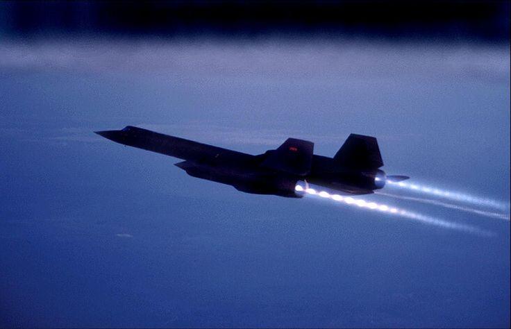 SR-71 Blackbird supersonic.