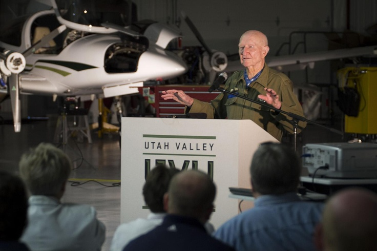 The Candy Bomber, Col. Gail Halvorsen, speaking at UVU. 9/28/12.