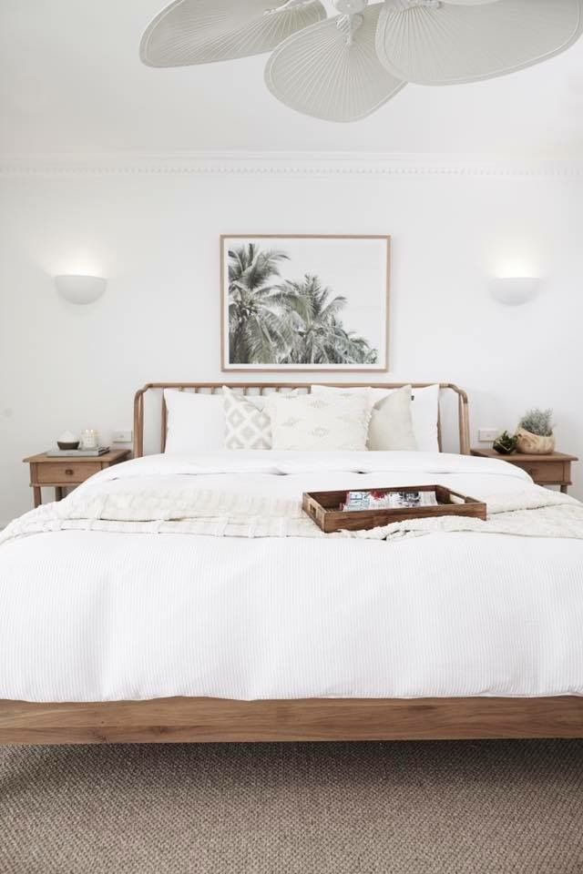 White and wood decor