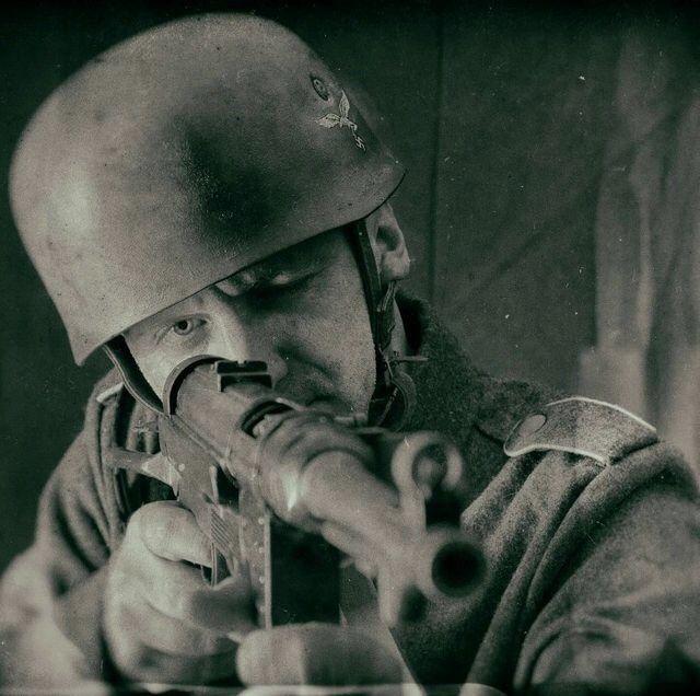 """kruegerwaffen: """"Fallschirmjäger in Italy. """""""