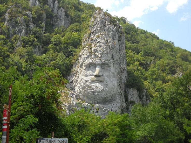 Statuia lui Decebal, pe Dunare