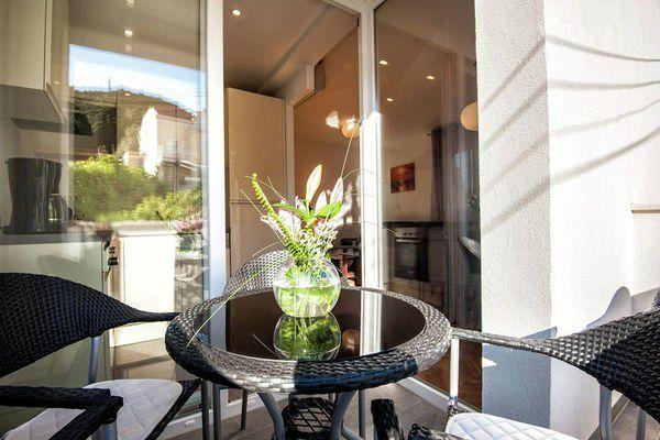 Luxury apartment Silente  Luxe appartement met eigen balkon in een zeer rustige omgeving gratis Wi-Fi  EUR 944.14  Meer informatie  #vakantie http://vakantienaar.eu - http://facebook.com/vakantienaar.eu - https://start.me/p/VRobeo/vakantie-pagina