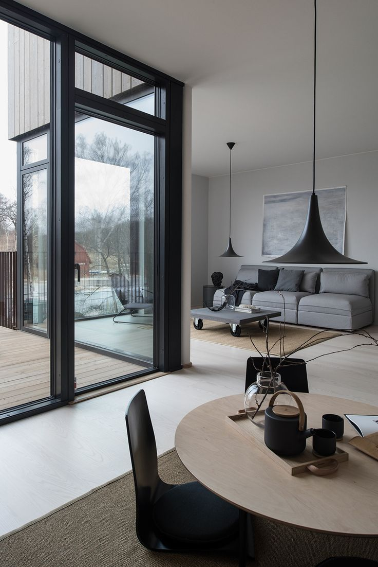 A Merry Mishap: Villa style town homes in Stockholm's Husarviken Bay