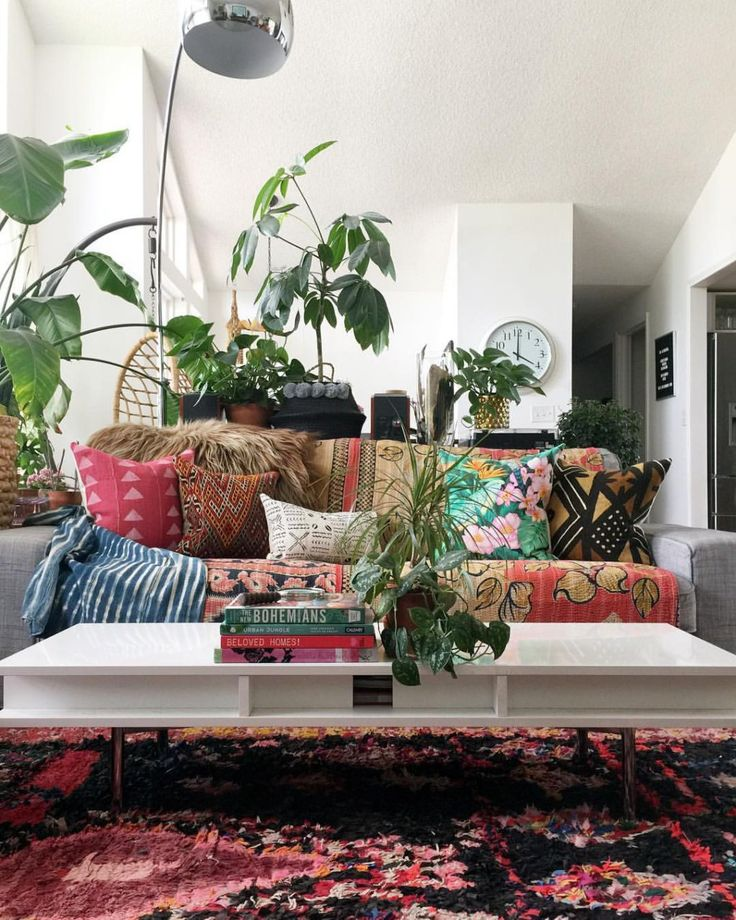 Mixing vintage with a touch of hippie to create an inspiring modern boho home. A selection of global goods, local furniture and much more.