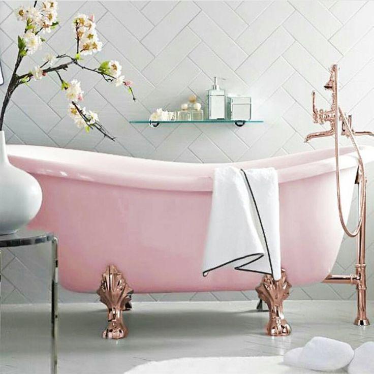 die besten 25 rosa badewanne ideen auf pinterest traumhafte badezimmer rosa b der und dinge. Black Bedroom Furniture Sets. Home Design Ideas