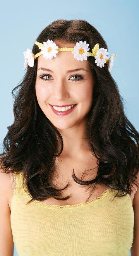 FREE CROCHET PATTERN: Floral daisy headband - perfect for festivals