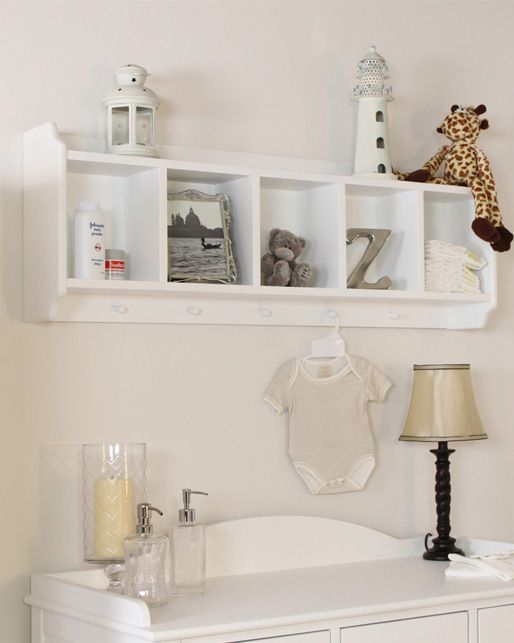 A great solution to help cut down clutter in your child's room! Offers very practical storage for toys, clothes and other items with five storage compartments and five hanging pegs.