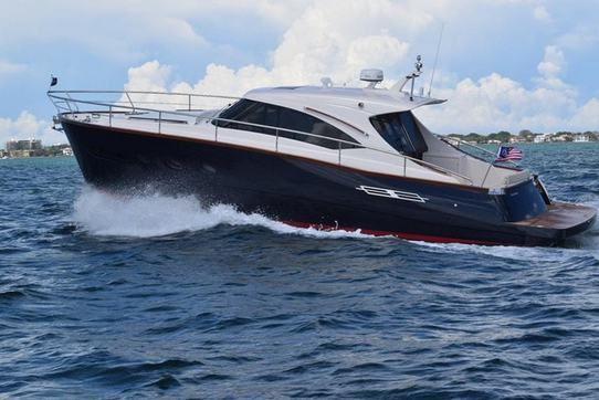 Le Commander 42, le lobster boat chic et moderne