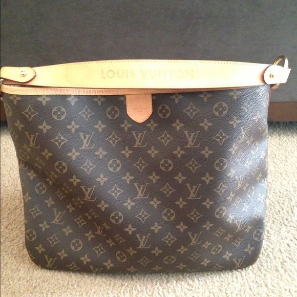 Authentic Louis Vuitton Delightful MM Comes with dust bag and paper work. Pp only and trade for Louis Vuitton sully mm Louis Vuitton Bags Shoulder Bags