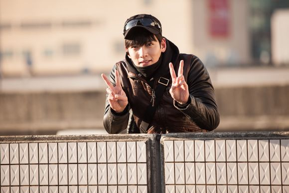 「奇皇后-ふたつの愛 涙の誓い-」「蒼のピアニスト」のチ・チャンウクがドラマ史上最高に胸キュンなヒーローヒーラーを演じ、大きな話題を呼んだドラマ「ヒーラー~最高の恋人~」のDVDが2月24日(水)… - 韓流・韓国芸能ニュースはKstyle
