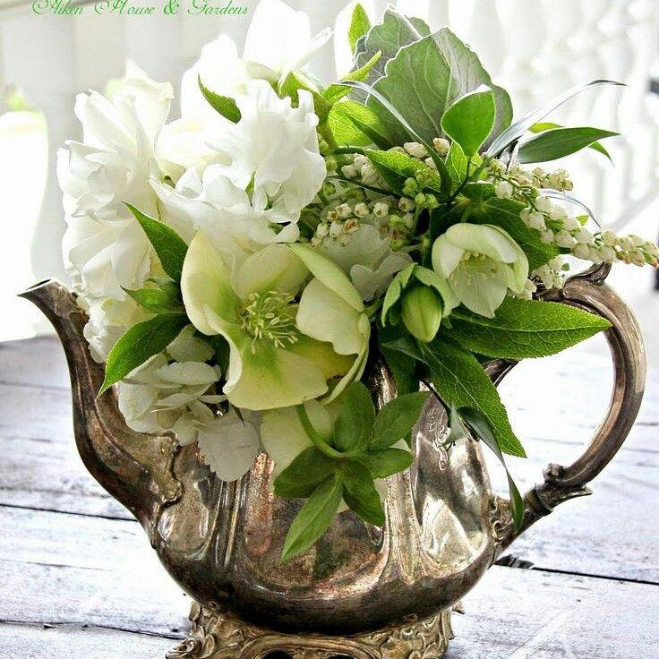 Cum sa faci aranjamente florale, la tine acasa! #aranjamenteflorale #emmazeicescuro  http://emmazeicescu.ro/houses/pregateste-florile-azi-facem-aranjamente-florale-la-tine-acasa/