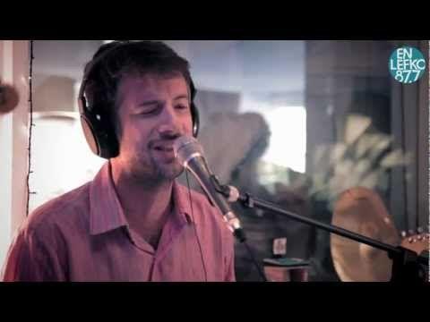 5|25 Live Sessions - Maraveyas Ilegal - Δε ζητάω πολλά - YouTube