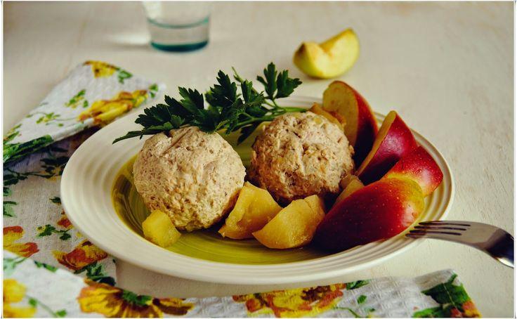 Кулинарные записки лентяйки: Мясные шарики из индейки с яблоками