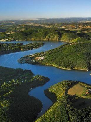 Vodní nádrž Štěchovice je součástí vltavské kaskády, foto: Libor Sváček, archiv Vydavatelství MCU s.r.o.