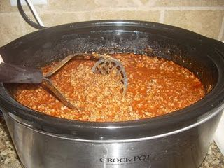 Hot Dog Chili Sauce in the crock pot!!