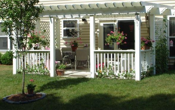 Cottage style pergola
