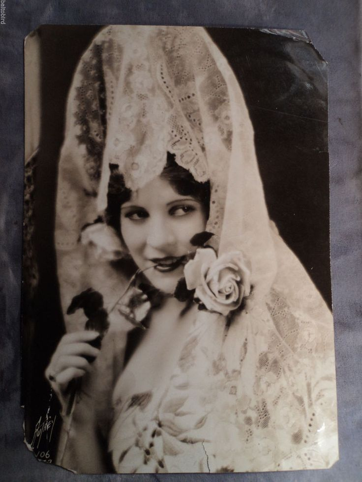 VINTAGE 1927 OLIVE BORDEN SEDUCTIVE PHOTO FROM PAJAMAS IN COSTUME BY MAX AUTREY