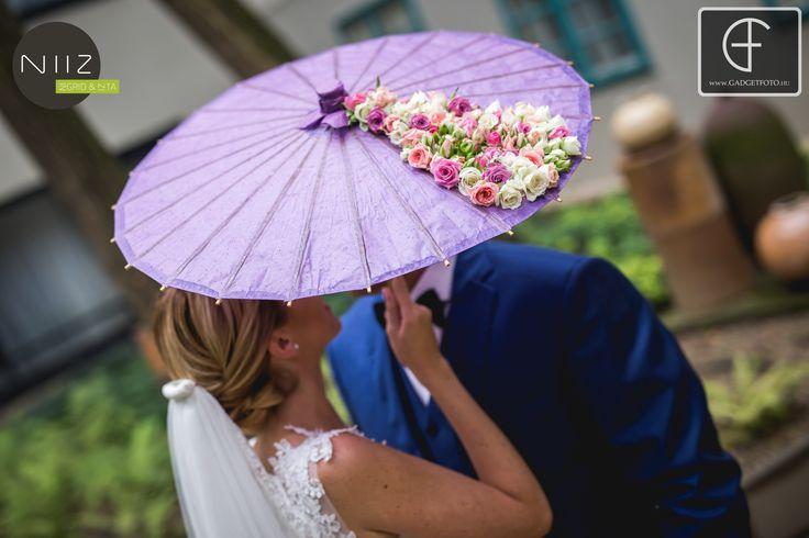 Fotózáshoz kellék - egy rózsákkal díszített ernyő - szerettük!