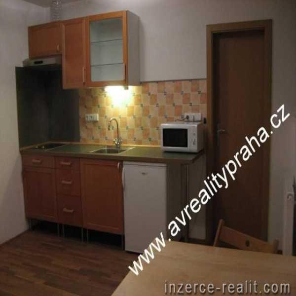 Pronájem bytu 1 + kk, Praha 10 - Vršovice, Kozácká, prodám, na prodej