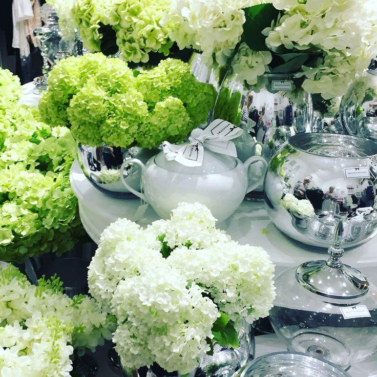 Maison Helsinki loves flowers and luxurious vases