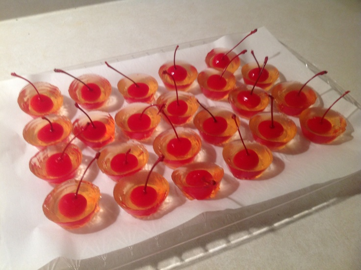 VODKA RED BULL JELLO SHOTS Actually made them!! They are really good ...