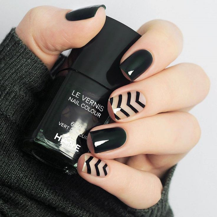 Beautiful black pure color with stripped pattern fake nails Japanese cute false nails acrylic short size lady full nail tips