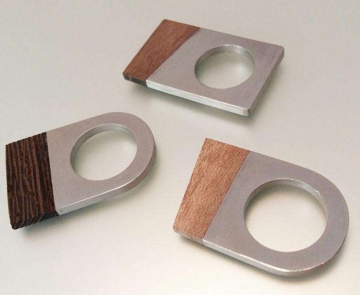 Wood-and-steel geometrical rings