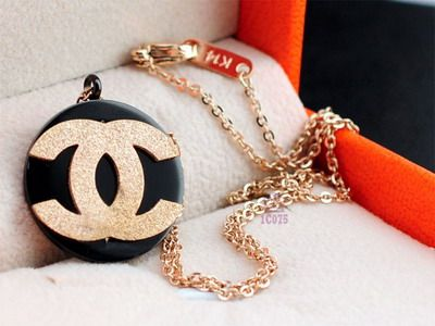 Chanel Necklace-025