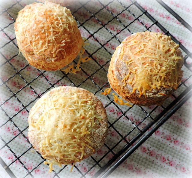 apple gruyere sage scones apple scones see more apple gruyere and sage ...