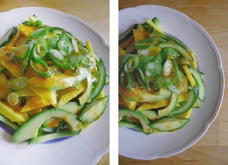 Forårssalat med mango, agurk og genial misodressing