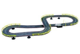 Wind up slot car racing