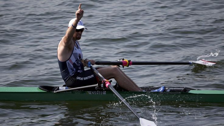 Alan Campbell through to single sculls semi-finals