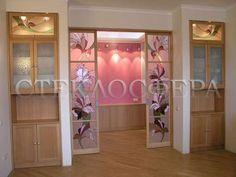 2-15 Витражные вставки из цветного стекла в раздвижные двери, рисунок «Розовые орхидеи»