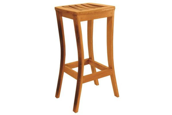 An elegant and stylish high chair, carefully handcrafted from reclaimed red wine and brandy barrels. The legs and seat slats have a darker toasted colour, help to create a chair rich in wine experience. Dimensions : h 77cm x w 38cm x d 38cm