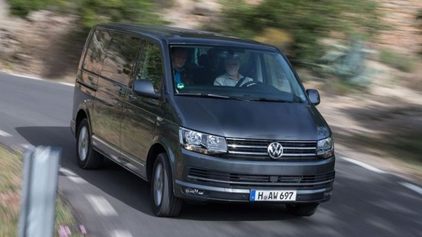 """VW Multivan T6: Erste Ausfahrt mit dem neuen """"Bulli"""". (Quelle: Hersteller)"""